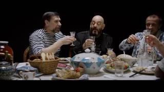 Александр Куликов, Михаил Шуфутинский - Красавец оливье(Клип песни