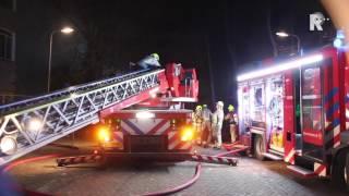 Uitslaande brand in leegstaand schoolgebouw Barendrecht (Beelden: Willem Duivestein)