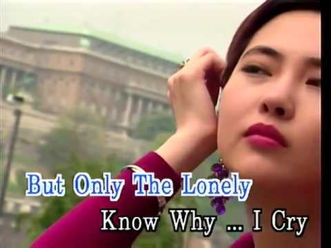 Only The Lonely - Video Karaoke (Star)