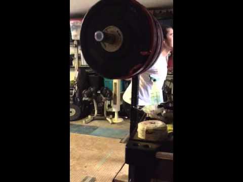 Norik Vardanian Clean & Jerks 212 in Training, Looks Strong
