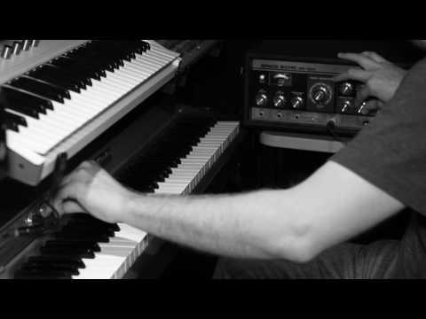 Rhodes & Space Echo - Koh-Rah Live