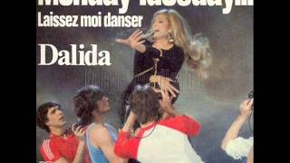 Dalida Laissez-moi danser lyrics