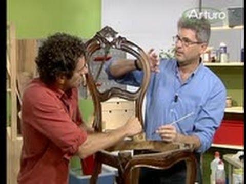Come pulire i mobili in legno - YouTube