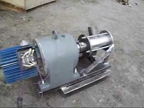 Малогабаритная буровая установка № 10 Мотор редуктор и крепление