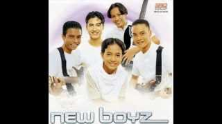 New Boyz Andainya Kau Terima w.lyrics.mp3
