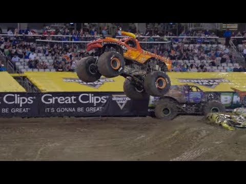 Jacksonville, FL Highlights | Monster Jam 2019 - Stadium Championship Series 1