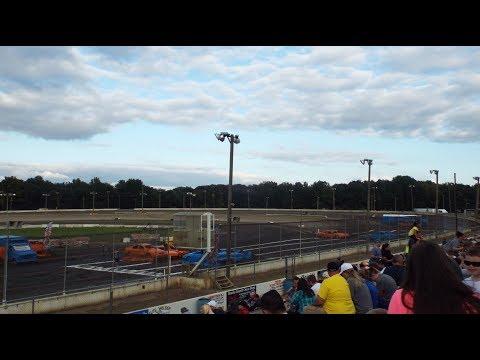 Monster Truck Throwdown, Bridgeport Speedway, Swedesboro NJ - Freestyle Competition