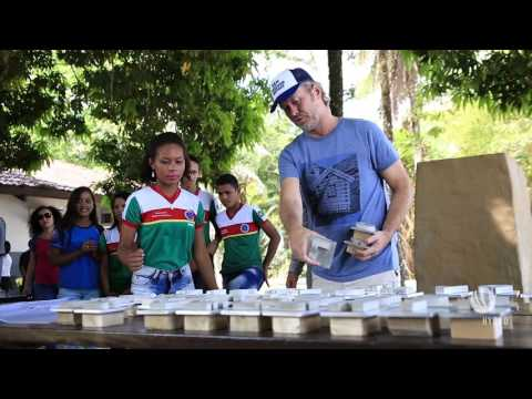a-ha's Magne Furuholmen shares love of art with Brazil schoolchildren