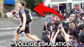 FANS JAGEN MICH! (wir müssen fliehen) - XXLTuberDays ESKALATION!