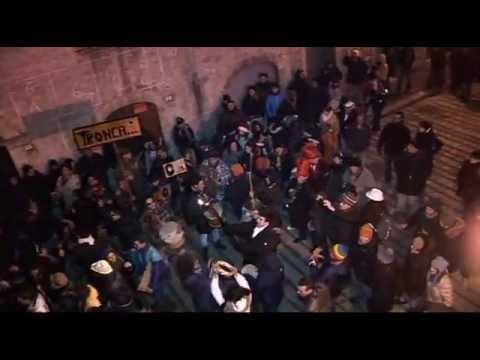 Gambatesa maitunat 31-12-2012 - esibizione per le vie del paese