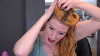 Hairstyle Tips: Pin-Up Curls