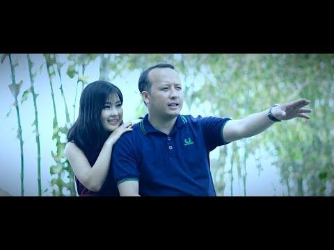 Dee Yang nkauj tawm tshiab 2019 Hlub Tau Koj Lig Lawm [Official Music Video] thumbnail