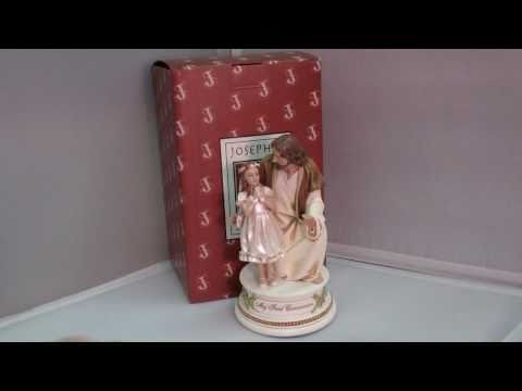 First Communion Gifts for Girls: Musical Communion Figurine - Jesus and Girl