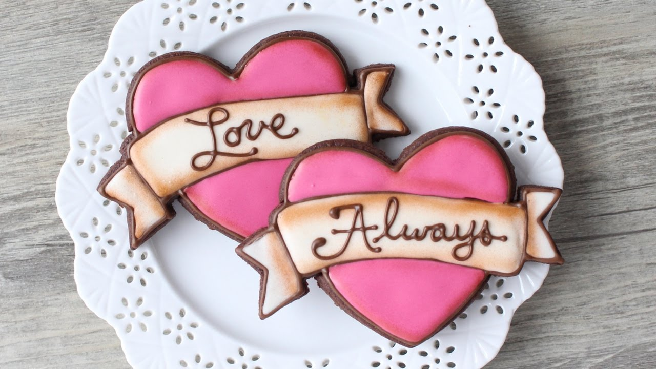 How To Make A Tattoo Style Heart Cookie Easy Valentine S Day