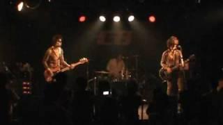 2009年Live House CBでのライブ。