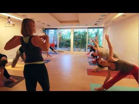 Εκπαίδευση Δασκάλων Yoga - Teacher Training in Athens Yoga