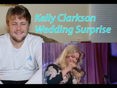Kelly Clarkson Wedding.Kelly Clarkson Surprises Couple At Wedding Reaction Requested