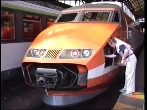 En cabine du TGV Lille - Lyon le 22 août 1989