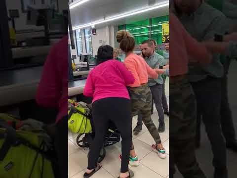 Prisión para a muller 'cazada' roubando nun Mercadona que se enfrontou aos empregados