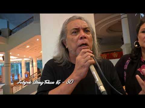 Datuk Ramli Sarip & Dato' Khadijah Ibrahim | Doa Buat Kekasih | Pop Express