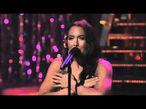 """Baby Love"" ""Stop In The Name Of Love"" - American Idol - Vegas Performance Challenge"