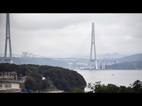 فيديو: مهندس كهرباء روسي يركض 10 آلاف كيلومتر من غرب روسيا إلى أقصى شرقها…  - نشر قبل 3 ساعة