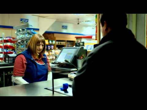 "Walls Talking Dog - New Sausage Roll Advert 2011 - ""Garage"""
