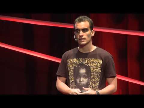 Quantas Vezes Você Já Se Sentiu Realmente Útil?   Vitor Belota   TEDxBlumenau