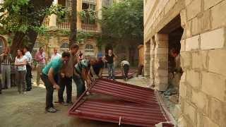 видео В Саратове судебные приставы демонтировали незаконно построенный гараж на Олимпийской
