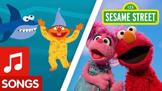 Sesame Street: Karaoke Sing Along Compilation with Elmo, Cookie Monster and more!