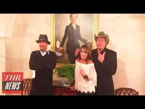 Sarah Palin Poses With Hillary Clinton White House Portrait | THR News
