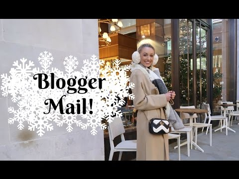 Opening Blogger Mail & a Champagne Dinner!  |  Fashion Mumblr #VLOGMAS Day 4