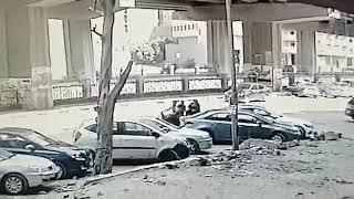 فيديو.. لصان يسرقان حقيبة بها 40 ألف جنيه من سيدة في الهرم