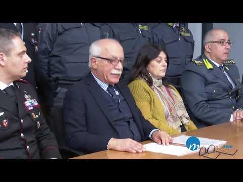Arrestato ex Direttore banca popolare Puglia e Bas...