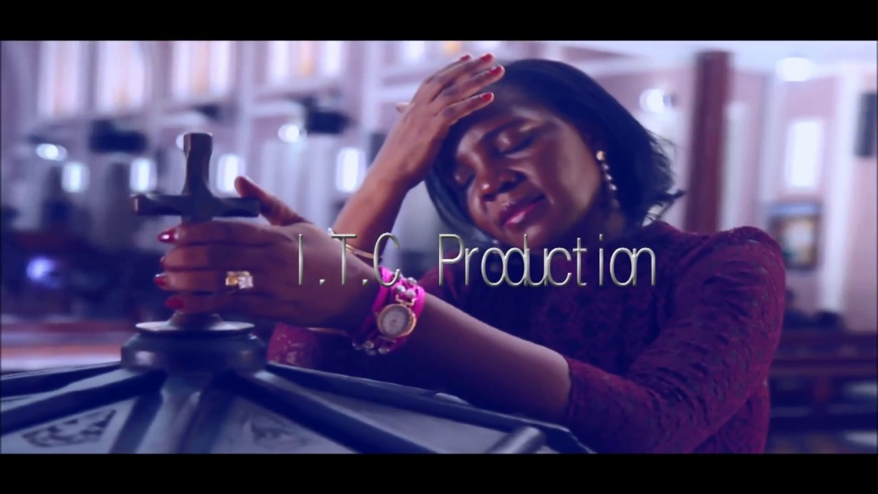 Download Madam Ruth - Nasikia Kuitwa (Official Video)