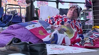 Superfans gather in Windsor ahead the royal wedding thumbnail