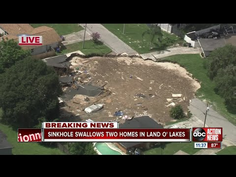 Sinkhole swallows 2 homes in Land O' Lakes, officials provide update