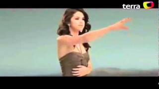 Selena Gomez BEHIND THE SCENES OF A YEAR WITHOUT RAIN (Spanish Version)