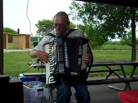 BARNEY STRAND, REGAN, NORTH DAKOTA, ACCORDIAN MUSIC