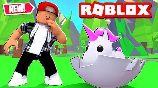 HATCHING THE NEW PETS! - ROBLOX ADOPT ME