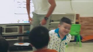 CMN Education - Teaching English at kindergarten