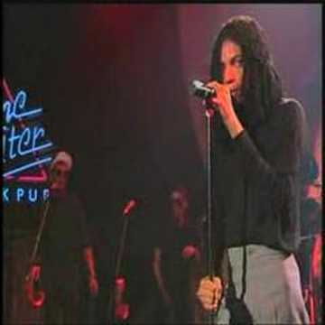 Terence Trent D'arby - Wishing Well (Live)