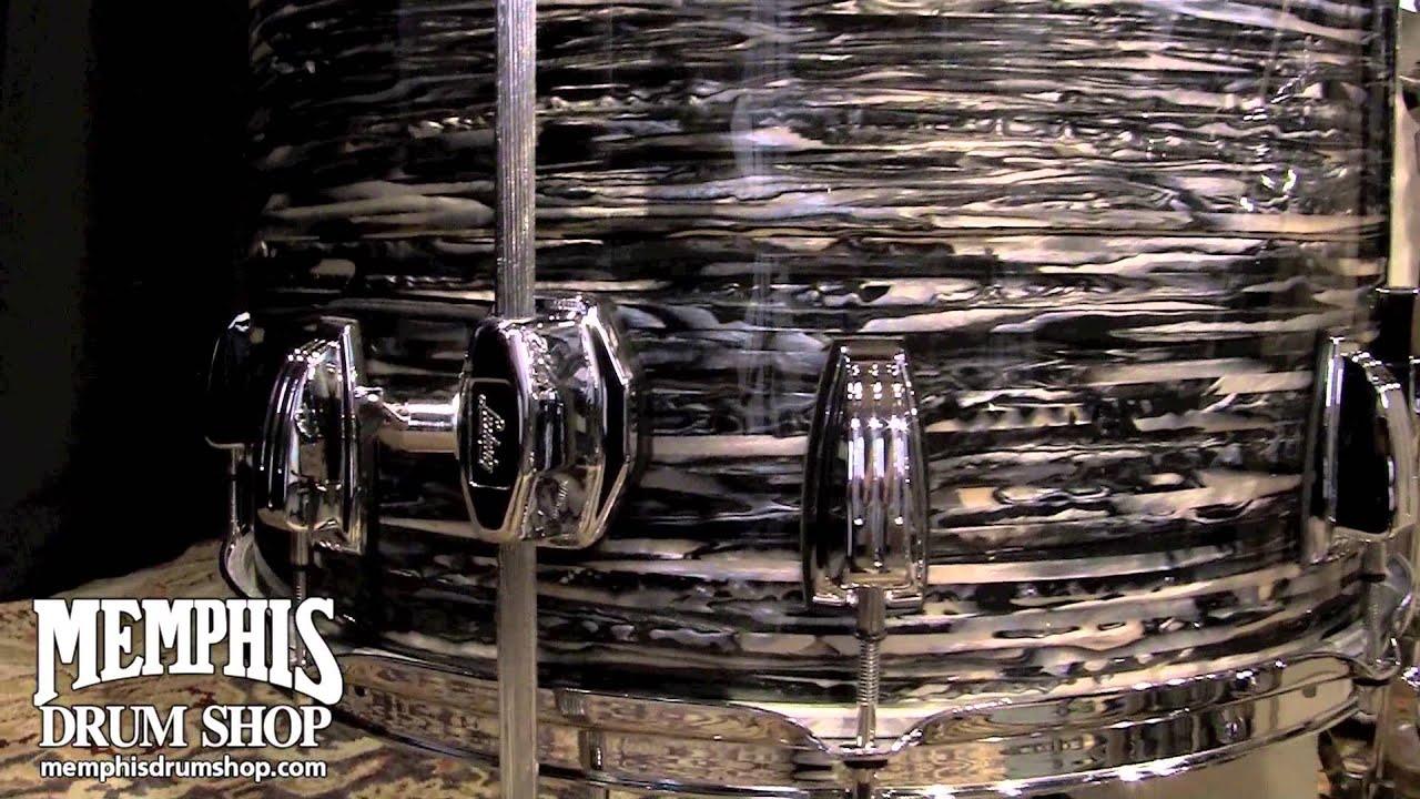 16  Vintage Black Oyster Pearl