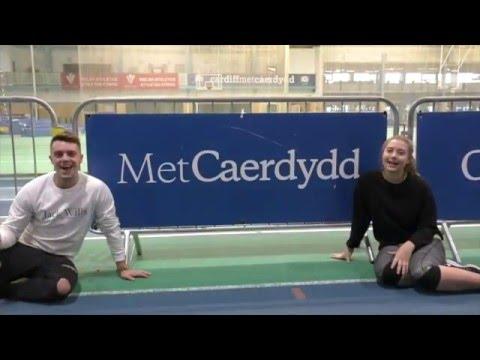 Cyrsiau Addysg trwy'r Gymraeg-Prifysgol Met Caerdydd