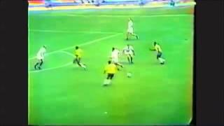1970 Pele vs Czechoslovakia - World Cup