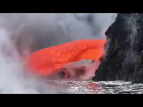 Vocanoes eruption by oceanic crust