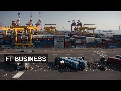 China's ports suffer from world trade dip