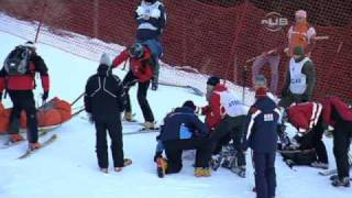 Lindsey Vonn has scary crash - from Universal Sports