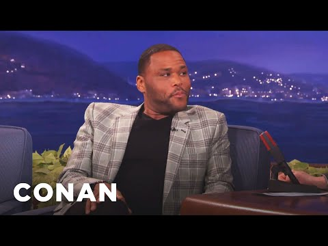 Anthony Anderson's Mom Blew Off Meeting Obama To Play Bingo   CONAN on TBS