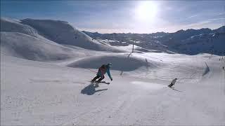Катание на горных лыжах 2020 Горнолыжный курорт Спуск на сноуборде